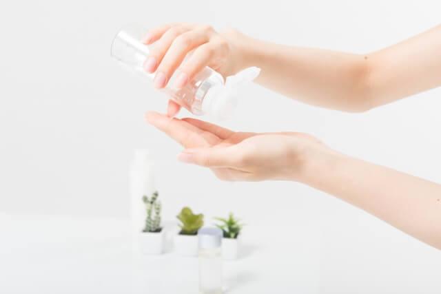 敏感肌のための洗顔、化粧水、乳液のポイントとスキンケア方法