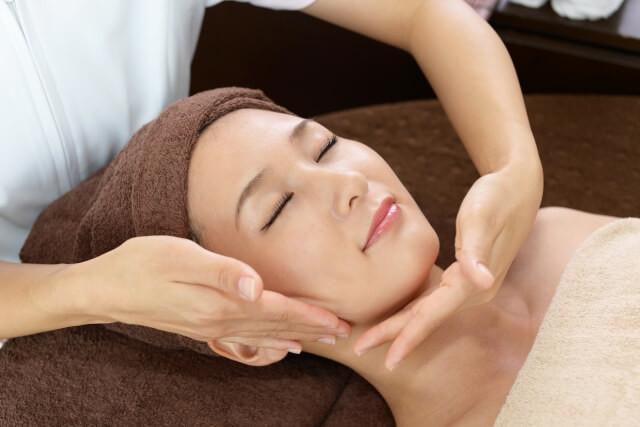 乾燥肌の治療とスキンケア対策について